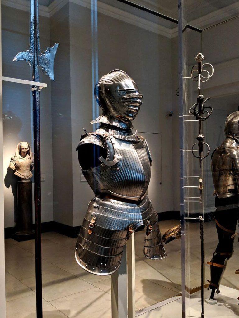 現代騎士的盔甲